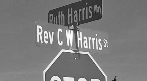 Street Signs in Hopewell_2014